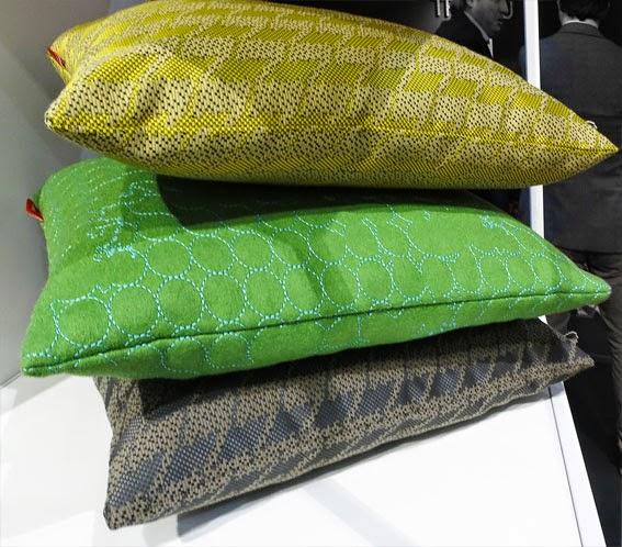 http://www.vitra.com/en-ch/product/pillows-maharam