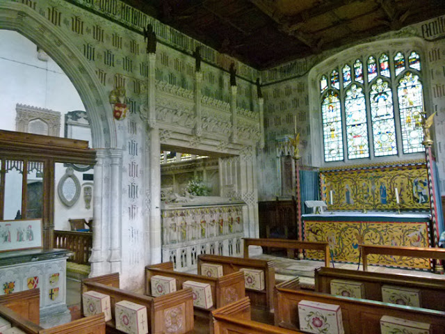 Chapel of St John, tomb, Alice de la Pole, IHS, Christogram, Ewelme