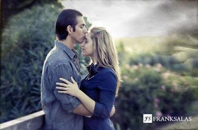 Romantic-Love-Couples - ما الذى يجذب ويلفت انتباه الرجل فى المرأة