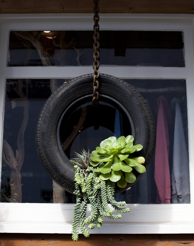 Dishfunctional designs upcycled recycled tires art for Recycled home decorations