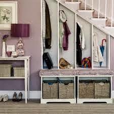 Aprovechar el hueco de la escalera para hacer un vestidor