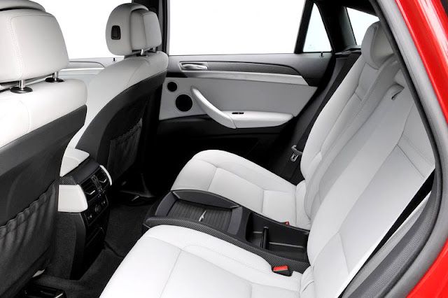 2010 BMW X6 M Back Interior