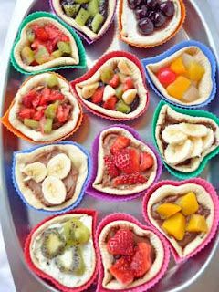 Pizza tartlet with fruit