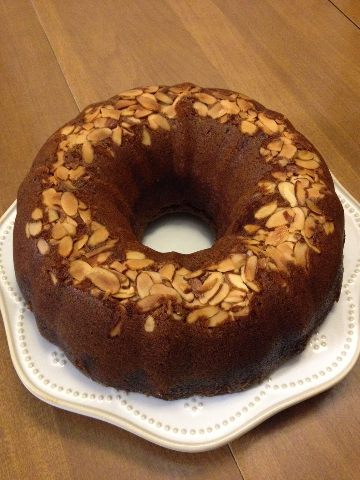 Oven Delights: Amaretto-Almond Pound Cake