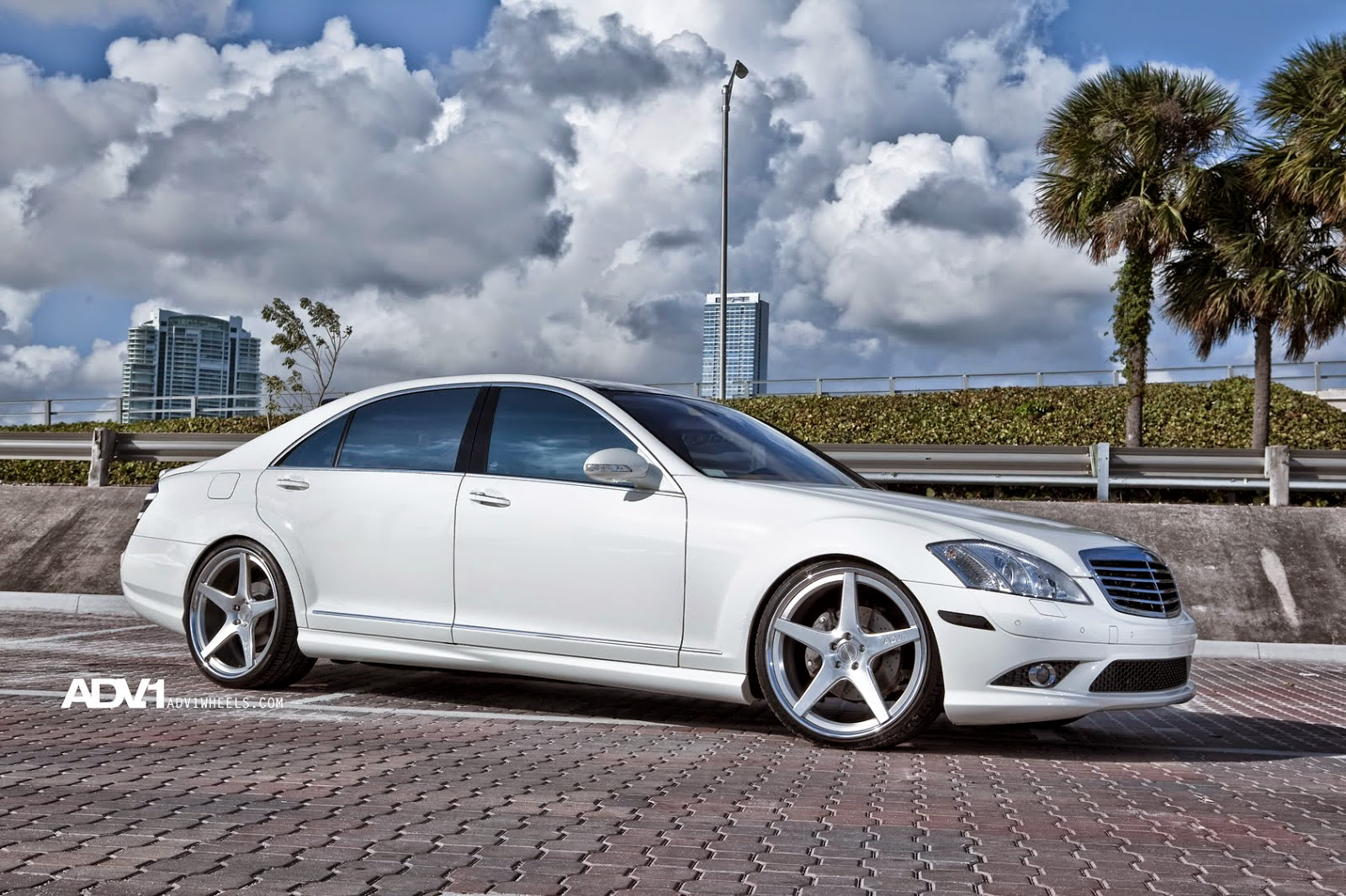 mercedes benz w221 s550 on adv 1 wheels benztuning