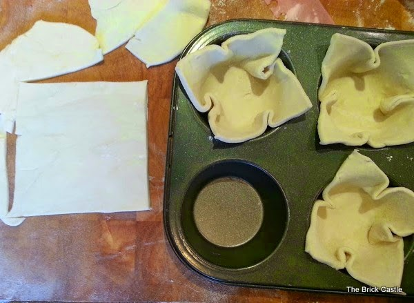 How To Make Apple Pice Cream ingredients cutting pastry shapes