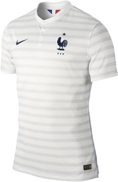 Nike divulga a camisa reserva da França para a Copa do Mundo - Show ... ab07e8a9f5e00