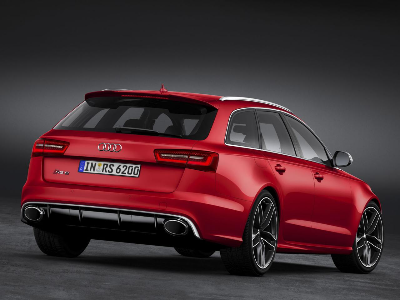 [Resim: Audi+RS6+Avant+2.jpg]