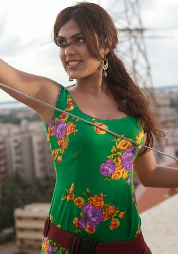 Mausam Yeh Kyun Badal Gaya - Sonali Cable - Kshitij Tarey - Song Lyrics   MP3 VIDEO DOWNLOAD