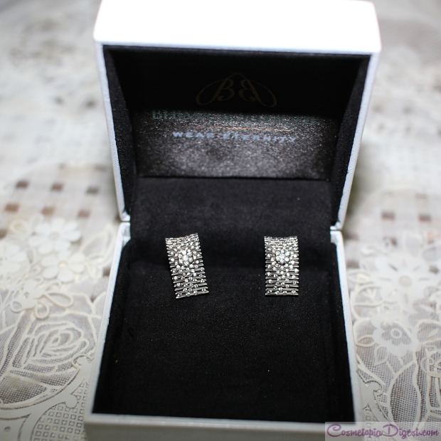 Black gold and diamond earrings 83c