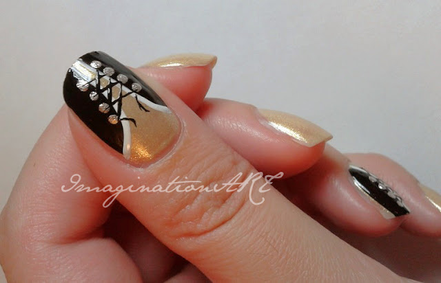 nail art corsetto semplice easy