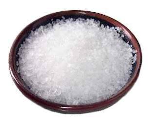 รักษาสิวที่หลังด้วย sea salt