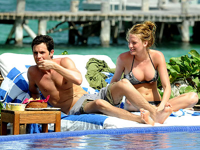 Blake Lively  Penn Badgely on Hollywood Hottest Wallpapers  Blake Lively And Penn Badgley Beach