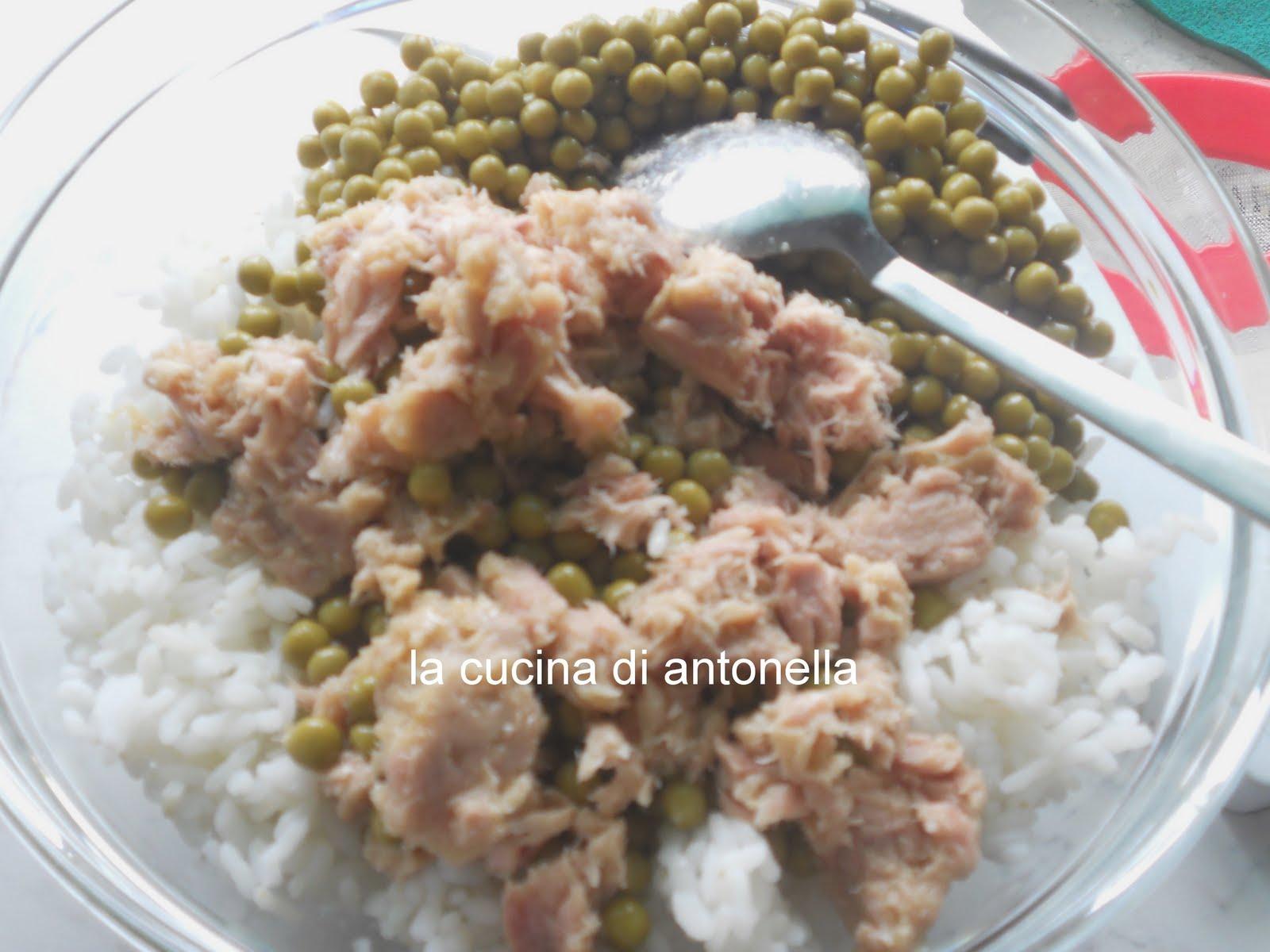 La cucina di antonella insalata di riso tonno e gamberetti - La cucina di antonella ...