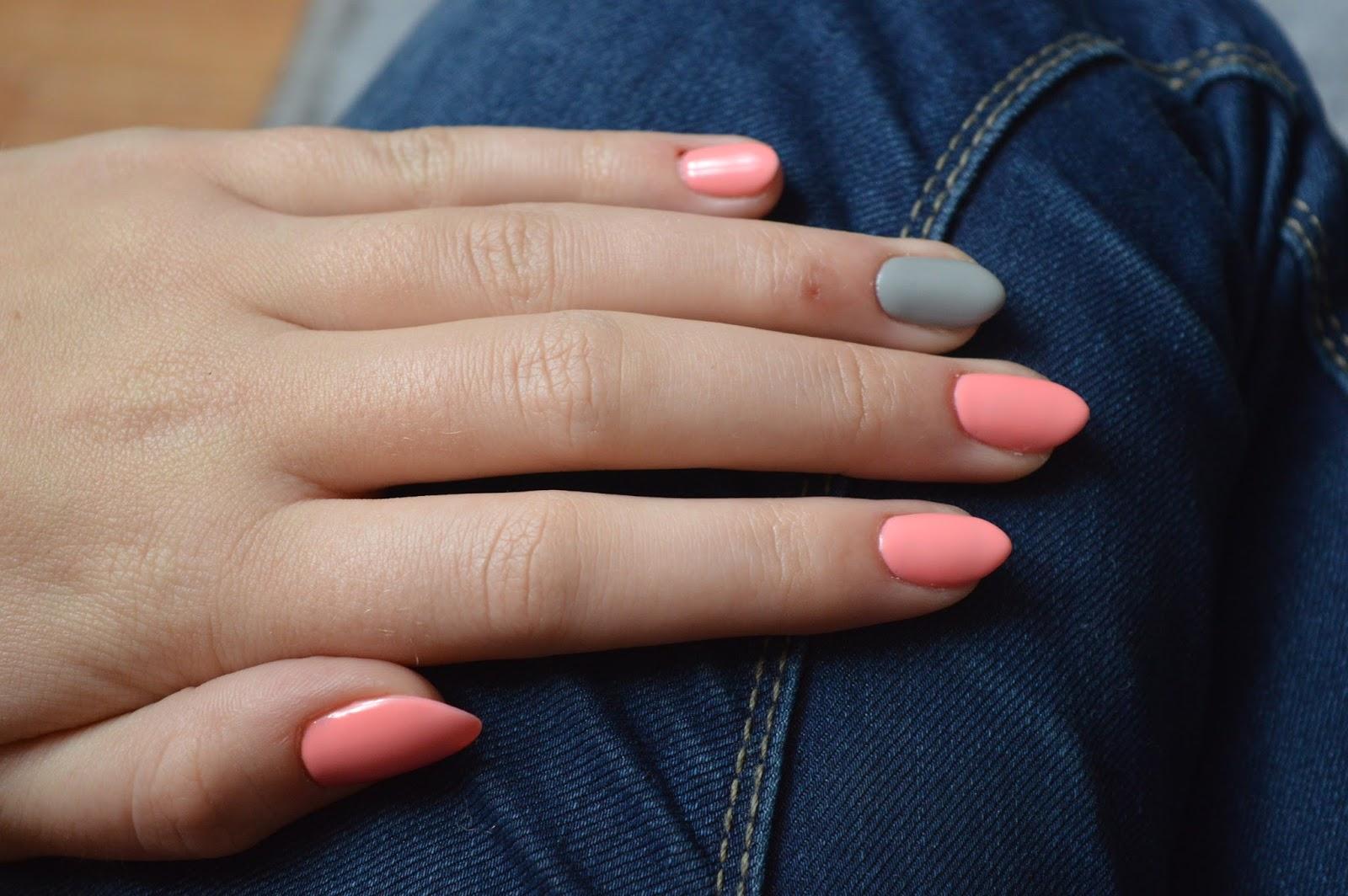 Manicure Hybrydowy Aneetine