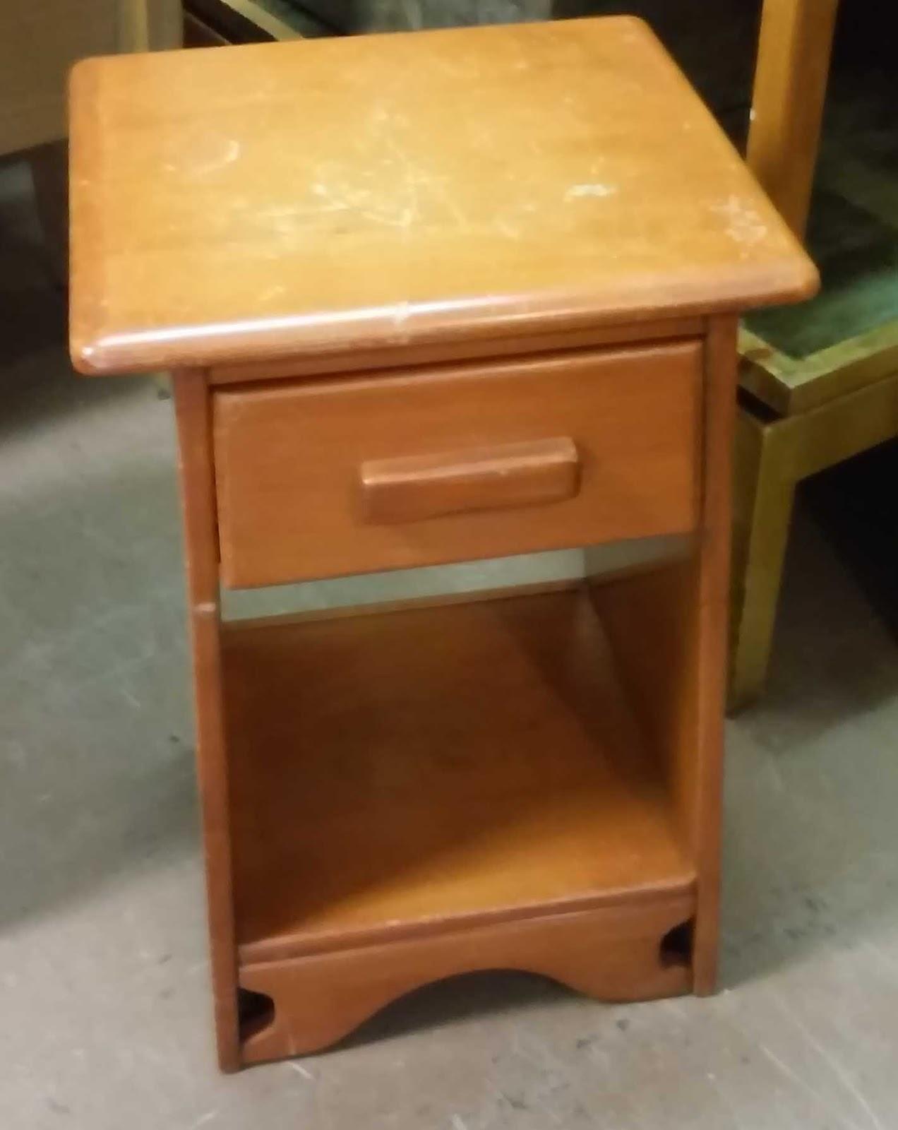 SOLD Vintage Maple Nightstand - $50 - UHURU FURNITURE & COLLECTIBLES: SOLD Vintage Maple Nightstand - $50