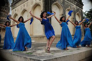 Disha Pandey Item song from movie Manasunu Stills