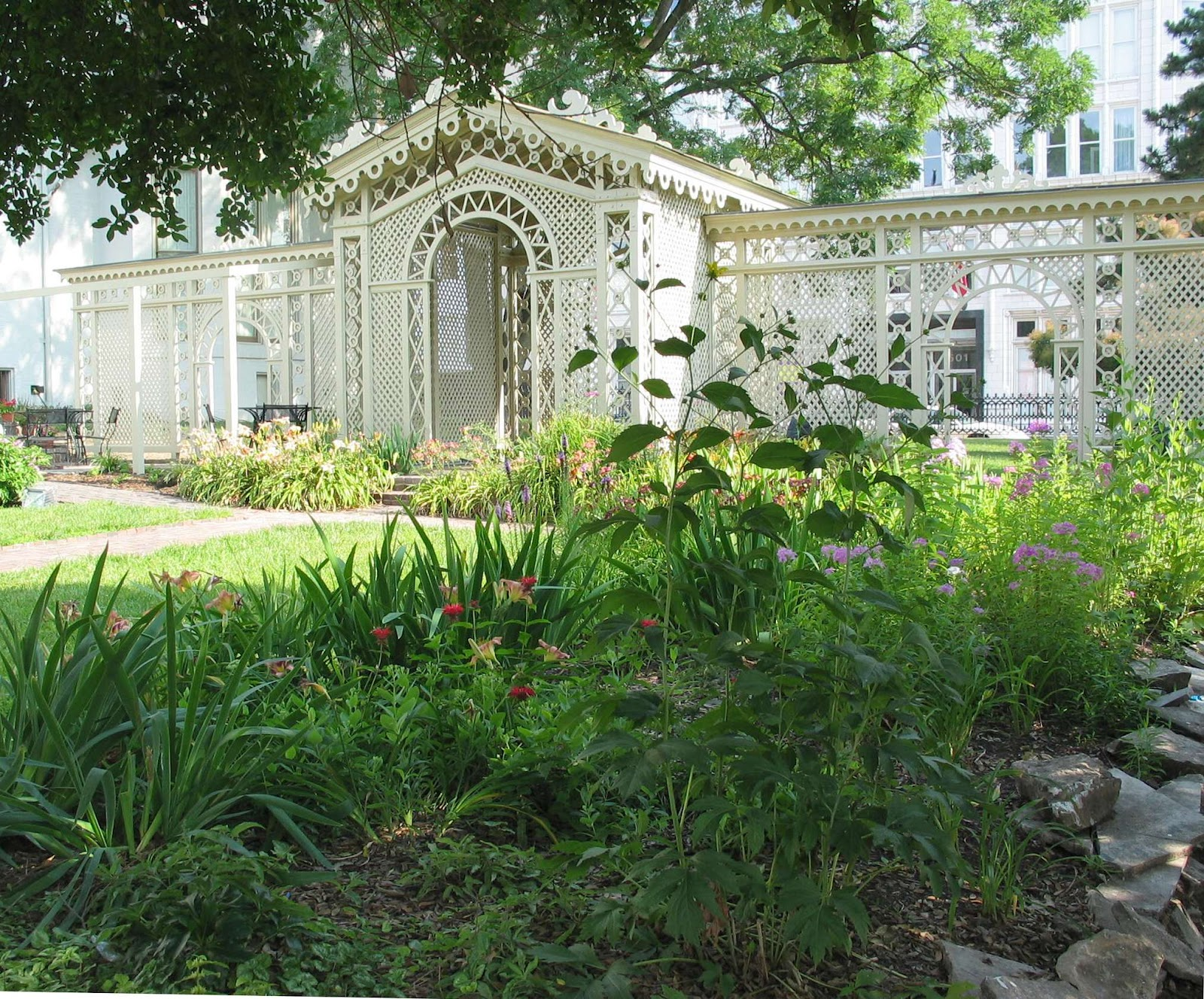 St Louis Wedding Liaison Blog Sites to Behold Campbell House