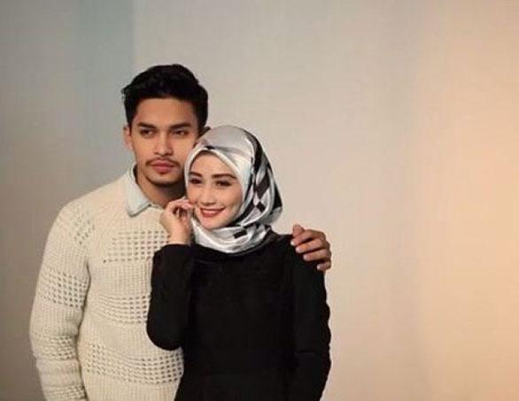Aeril Zafrel dan Wawa Zainal - HairanBlog