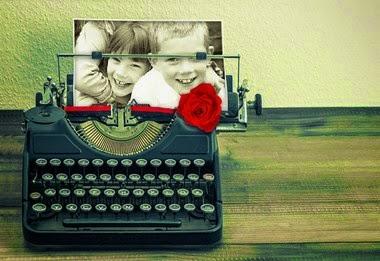 maquina de escribir con una rosa