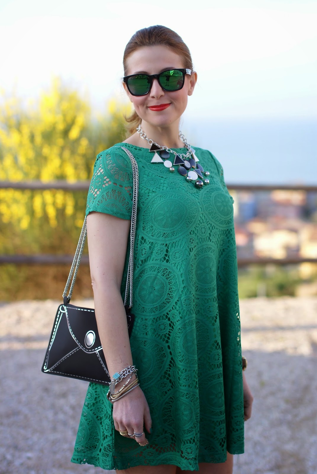Vitti Ferria Contin collana, Today I'm me evening bag, Sheinside green lace dress, Fashion and Cookies, fashion blogger