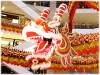 2012 CNY decorations: giant dragon at the atrium of Pavilion KL