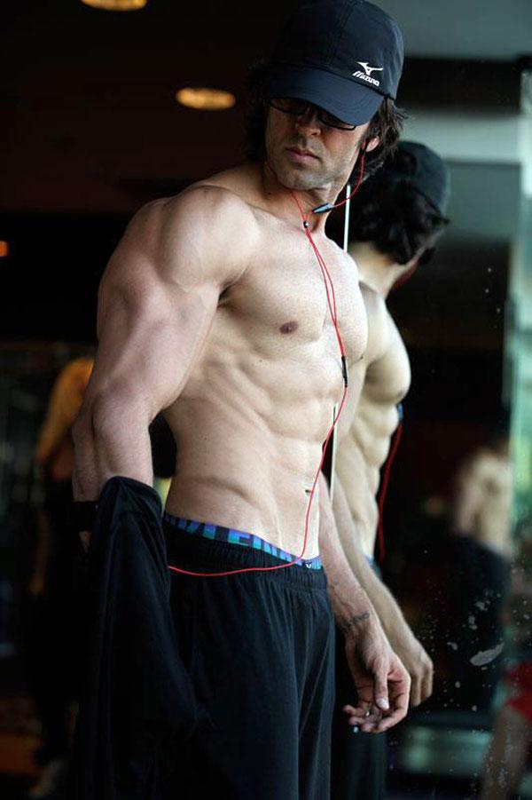 Hrithik Roshan Body