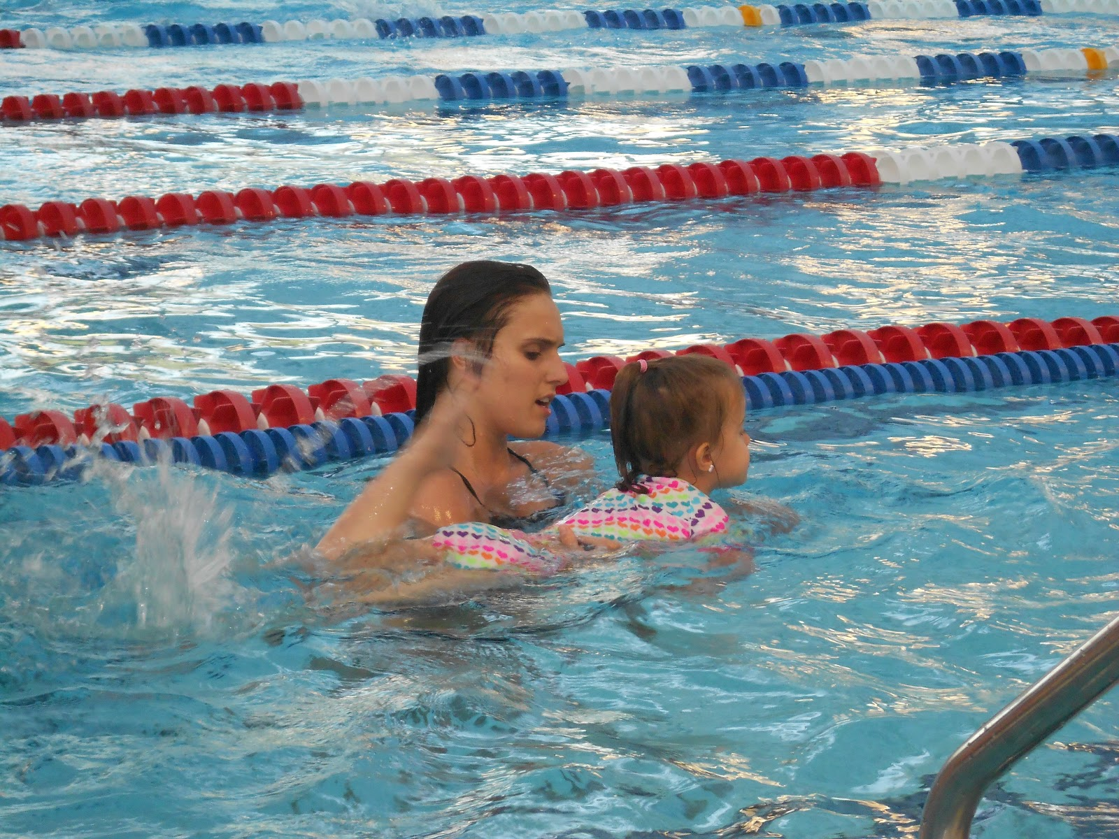 the swimming lesson Come to the adult swimming lessons you've awaited your entire life in one to three weeks, go from fear or discomfort in deep water to freedom in a pool, both shallow and deep, having fun.