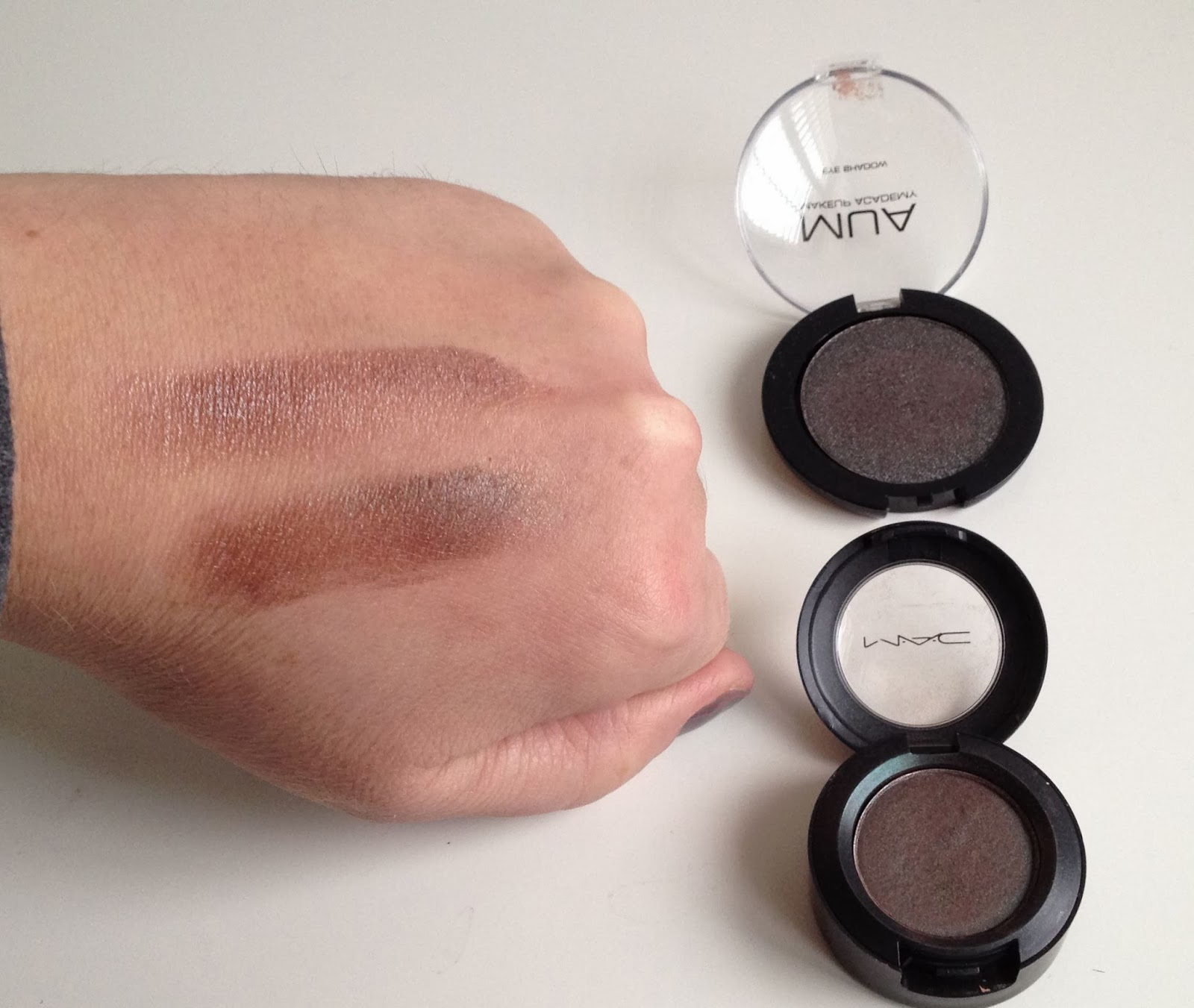MUA Eyeshadow shade 12 a dupe for MAC Club swatches with duo chrome effect