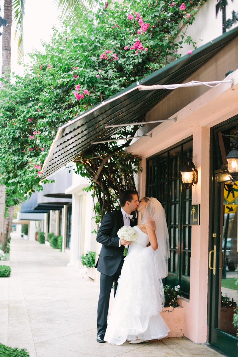worth avenue palm beach wedding photo