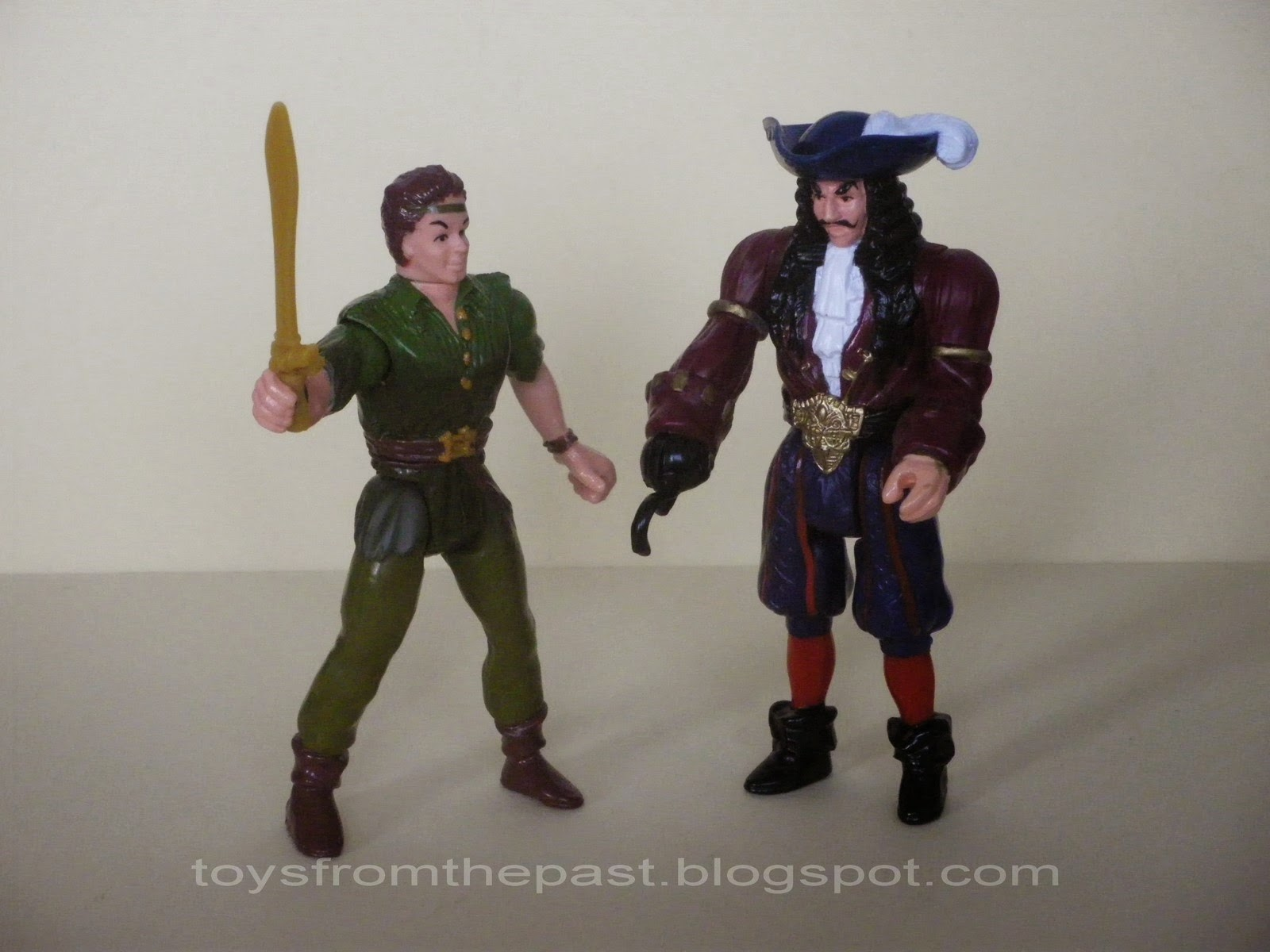 Peter Pan Toys : Toys from the past hook peter pan air attack and
