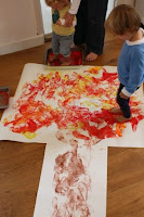 http://www.emmaowl.com/big-kids-art-footprint-painted-autumn-fall-tree/