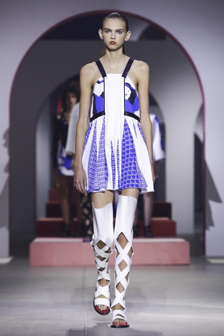 Kenzo, Kenzo-ss16, Kenzo-spring-summer, Kenzo-spring-summer-2016, Kenzo-spring, Kenzo-printemps-eté, jacquemus-printemps-ete-2016, du-dessin-aux-podiums, dudessinauxpodiums, vintage-look, dress-to-impress, dress-for-less, boho, unique-vintage, alloy-clothing, venus-clothing, la-moda, spring-trends, tendance, tendance-de-mode, blog-de-mode, fashion-blog, blog-mode, mode-paris, paris-mode, fashion-news, designer, fashion-designer, moda-in-pelle, ross-dress-for-less, fashion-magazines, fashion-blogs, mode-a-toi, revista-de-moda, vintage, vintage-definition, vintage-retro, top-fashion, suits-online, blog-de-moda, blog-moda, ropa, asos dresses, blogs-de-moda, dresses, tunique-femme, vetements-femmes, fashion-tops, womens-fashions, vetement-tendance, fashion-dresses, ladies-clothes, robes-de-soiree, robe-bustier, robe-sexy, sexy-dress