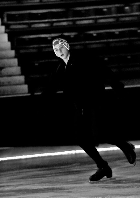 Johnny Weir. Photo © David Ingogly @ Official Johnny Weir Blog.