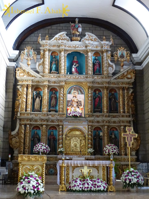 Altar of Santa Ana Church, Manila