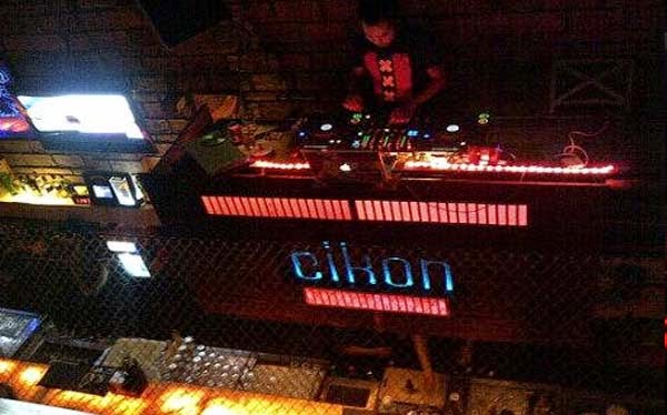 has made its grade on the Kuta scene in addition to alongside invitee DJ Beaches in Bali: Eikon Nightclub Bar Lounge Legian Kuta Bali