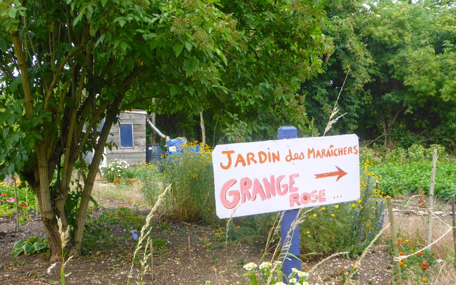 Bleu de prusse tous au jardin for Tous au jardin