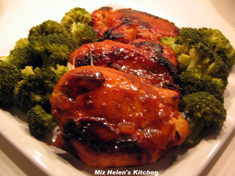 Miz Helen's Country Cottage: Apricot Glazed Chicken