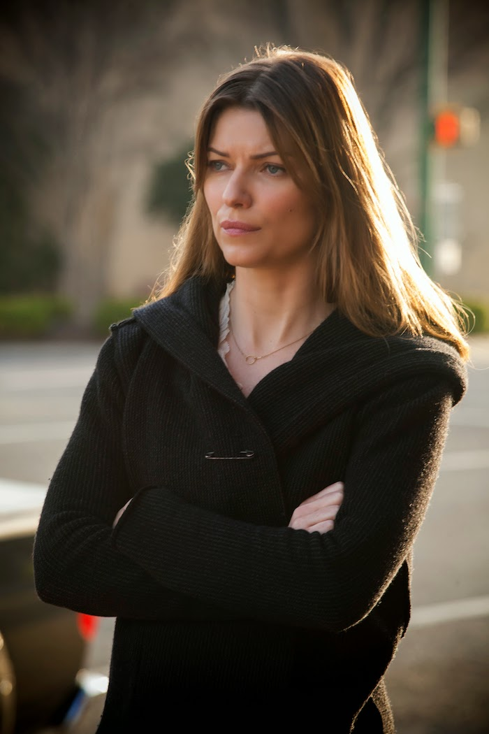Banshee Series 2.Ep01 - Little Fish..Ivana Milicevic as Carrie Hopewell