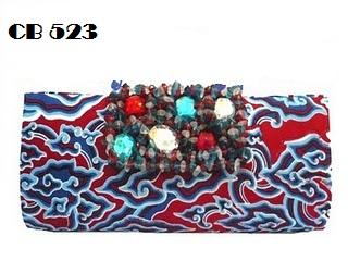 Tas pesta clutch bag batik sudah dilengkapi rantai pendek 40cm. Terbuat  dari kain batik mega mendung ... 282669697b