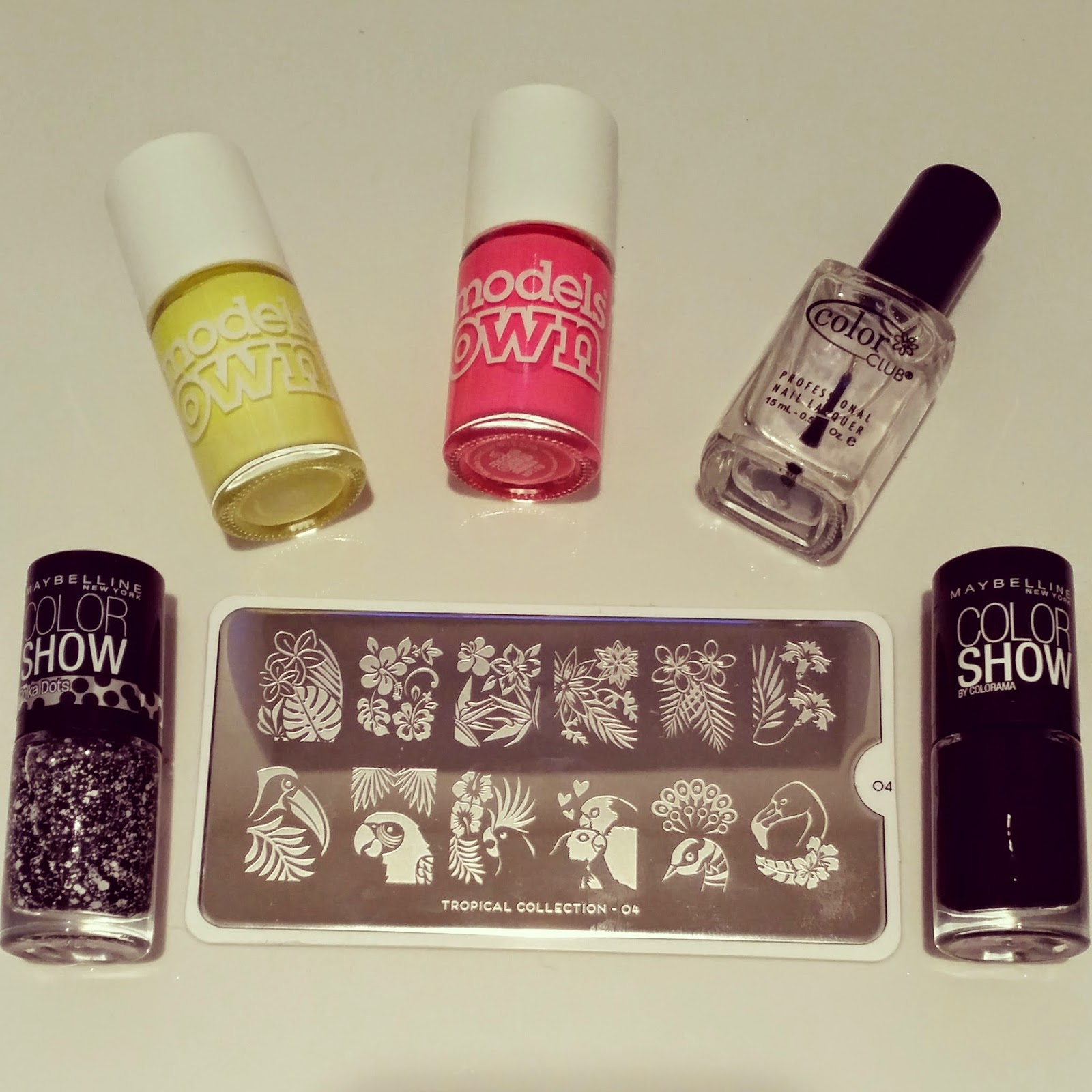 models-own-polish-for-tans-moyou-london-nail-art