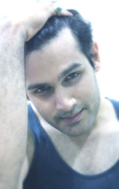 Junaid Khan - Best Free Blogger Blogspot Templates