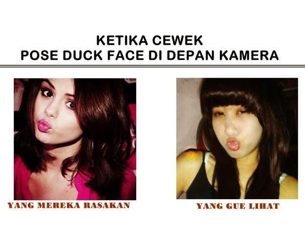 Foto Lucu Wanita - Ketika Cewek Pose Duck Face Di Depan Kamera