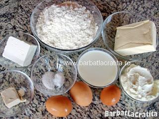 Cornuri pufoase cu branza ingrediente reteta