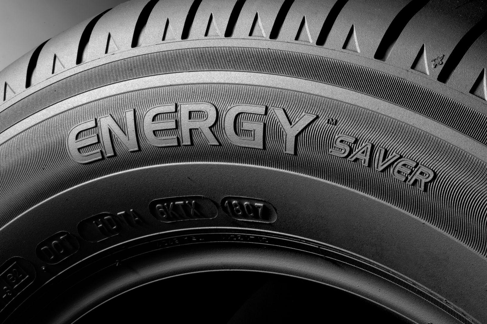 automobile conseils pour changer vos pneus nozid o. Black Bedroom Furniture Sets. Home Design Ideas