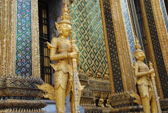 38. Wat Phra Kaew (Bangkok, Thailand)