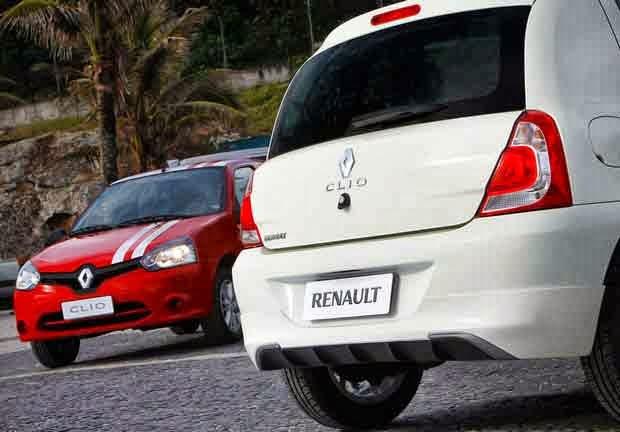 a car Novo Renault Clio 2014