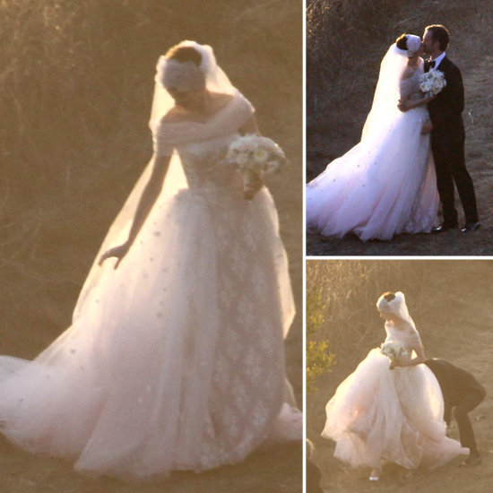 Anne Hathaway Gown: Lovable: Anne Hathaway Marries In A Wedding Dress From