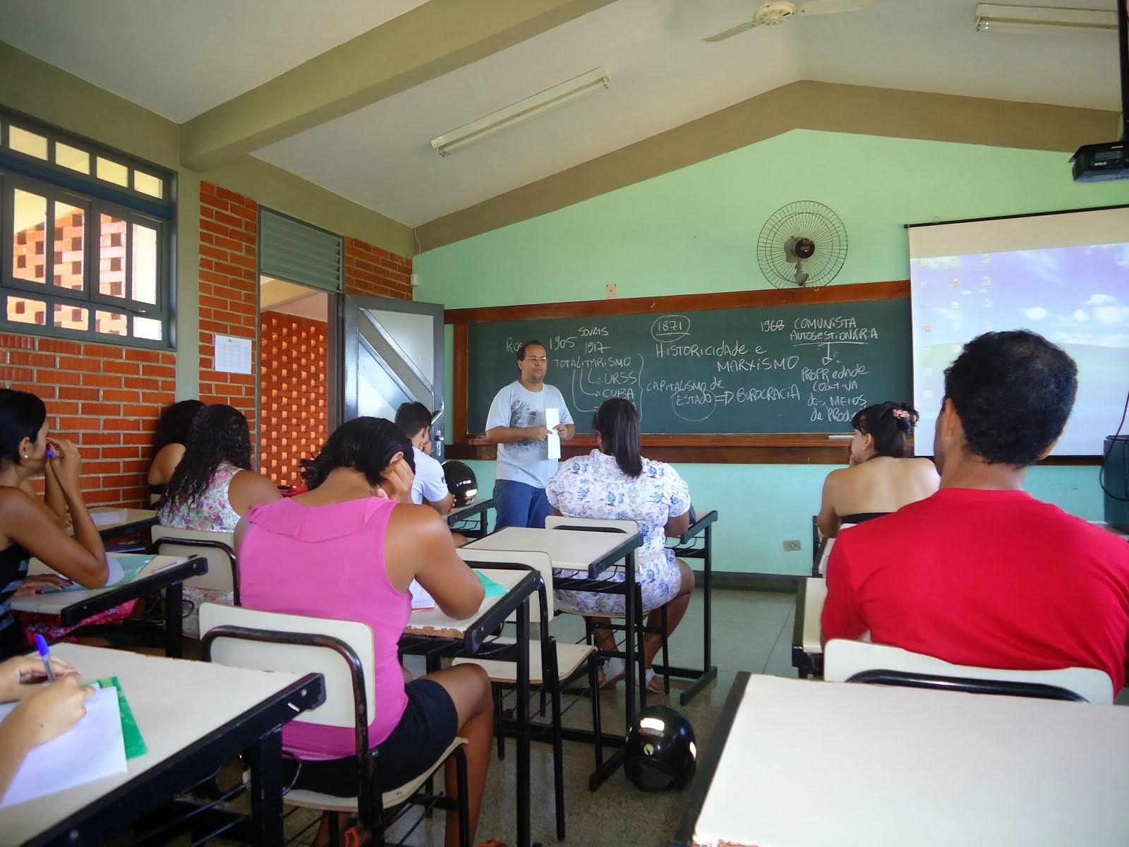 IV Seminário do Núcleo de Pesquisa Marxista em Uruaçu/UEG