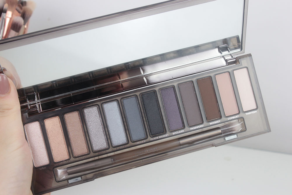 Urban Decay Naked Smoky Review Daisie Gibson